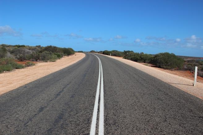 road-820846_1920
